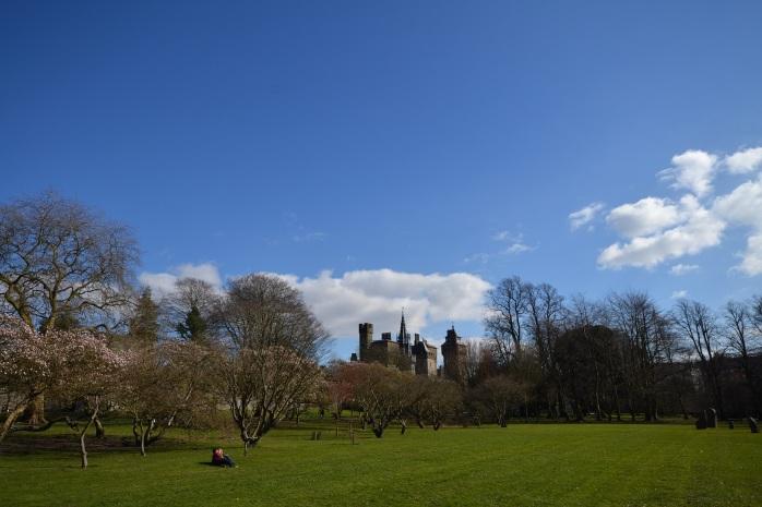 le château de Cardiff depuis le parc Bute